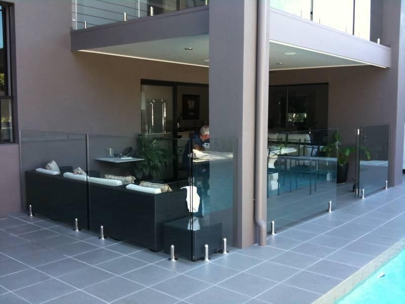 Make Your House Beautiful With Glass Balustrade