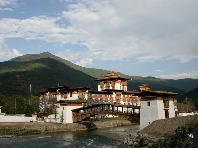 Reasons Why You Must Visit Bhutan Before You Die