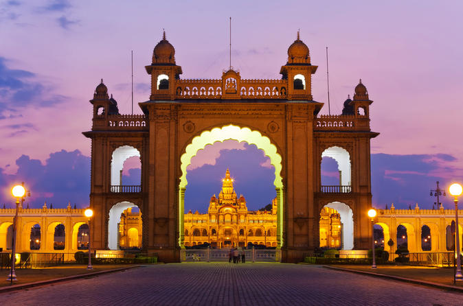 Bangalore - The City Of Gardens, IT Parks, Palaces, Temples, and Mosques