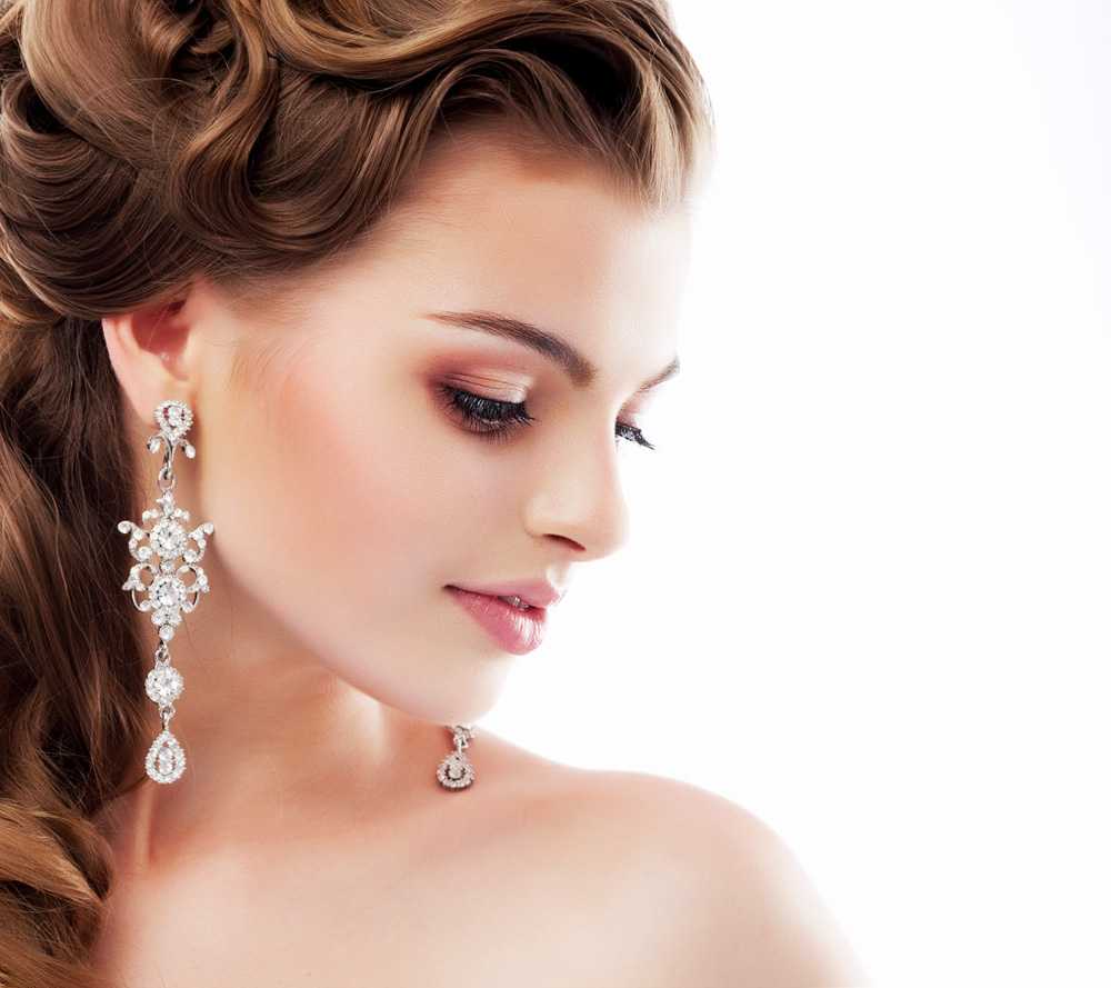 Major Areas To Focus On While Selecting Yellow Gold Earrings