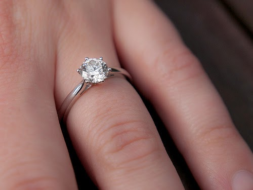 Smart Tips To Buy An Engagement Ring Of High Quality