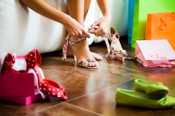 9 Shoe Shopping Rules Everyone Should Know