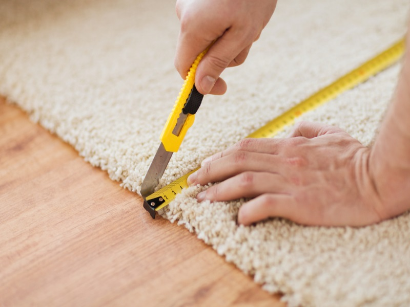 How Do Professional Carpet Repair Services Help After Flooding?