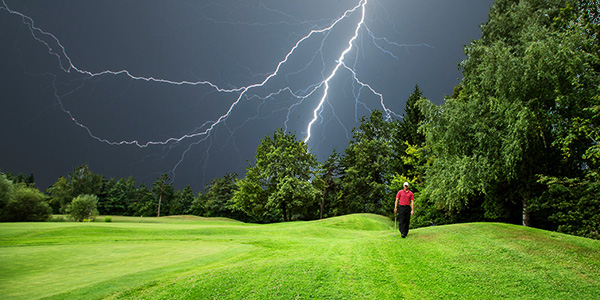 Stay Safe When Caught On A Golf Course During Lightning