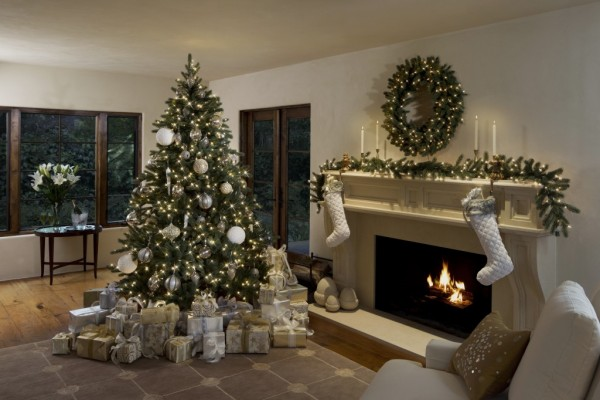 How To Buy An Artificial Christmas Tree Online