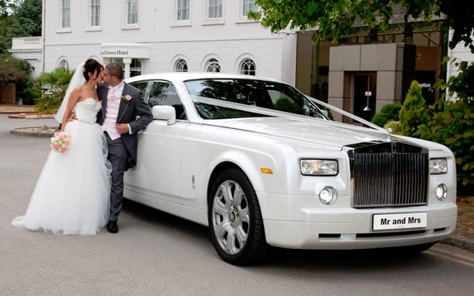 How To Hire A Vehicle For Your Wedding