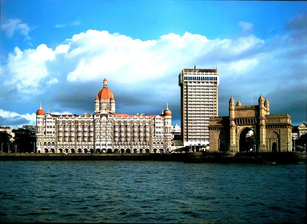A Trip To The 2 Cities Of Maharashtra - Pune And Mumbai