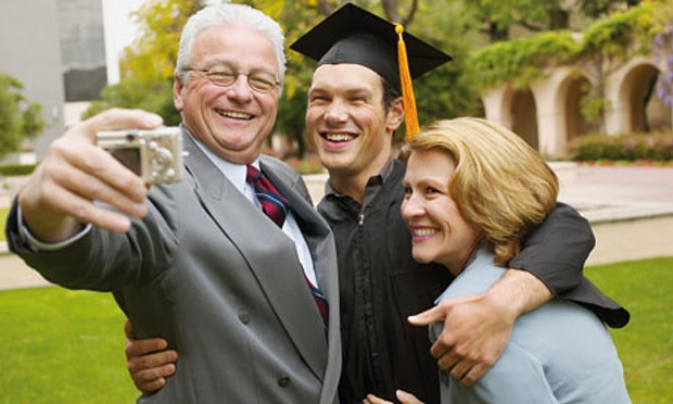 5 Must-Read Tips To Survive College Graduation