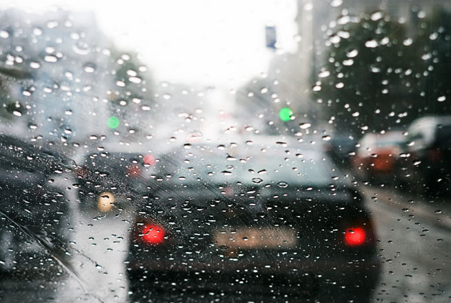Things To Keep In Mind While Driving In Rainy Weather
