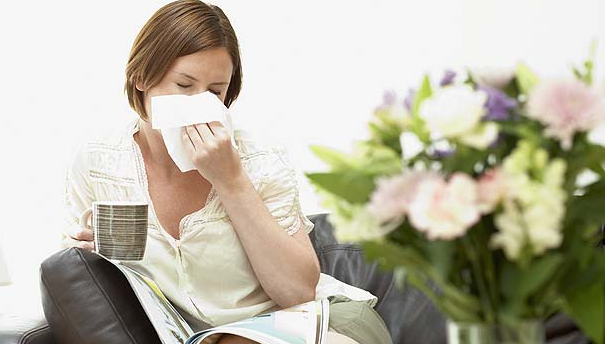 4 Natural Remedies For Seasonal Allergies and Hay Fever