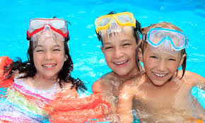 Top 5 Benefits Of Swimming In Groups