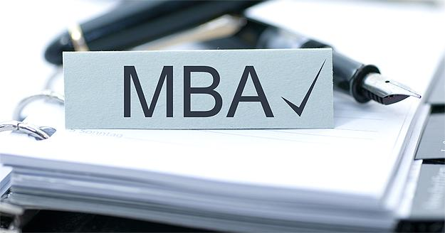 4 Reasons To Enroll In A Canadian One Year MBA Program