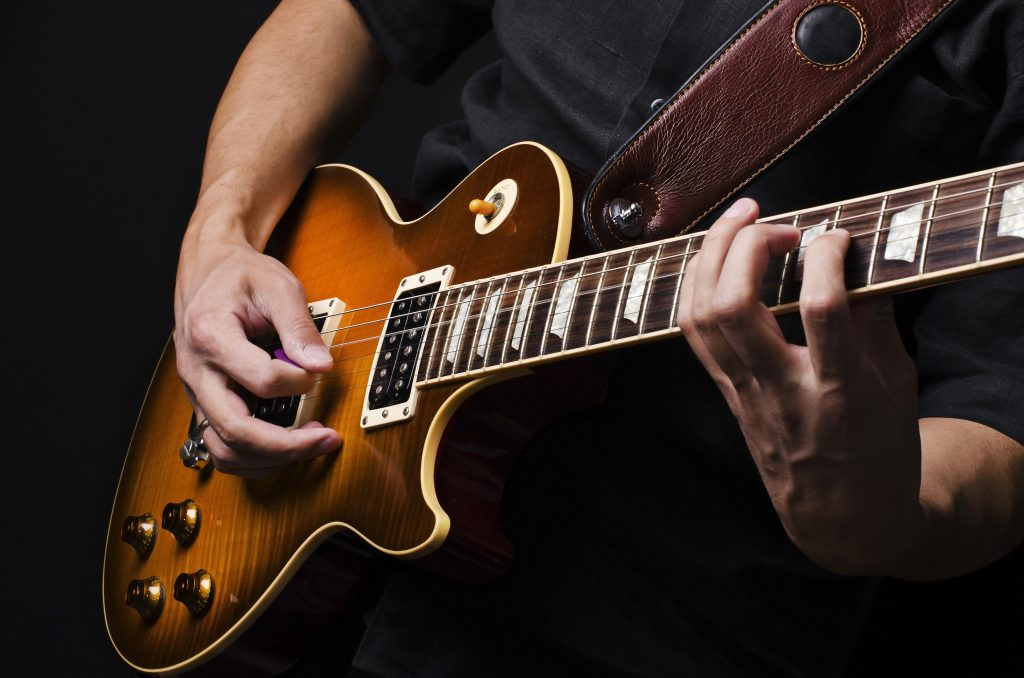Top Things To Keep In Mind While Buying A New Guitar