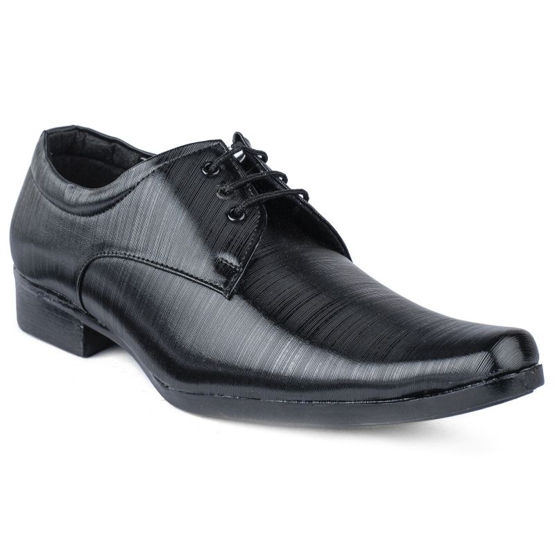 Why Do Men Prefer To Purchase Formal Shoes