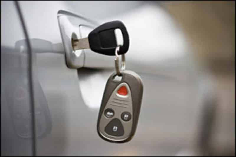 Call Locksmith In Houston To Resolve Common Car Ignition Switch Issues