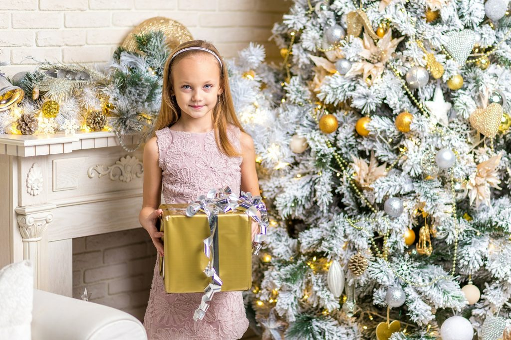20 Tips and Tricks On Kids' Gift Giving This 2016