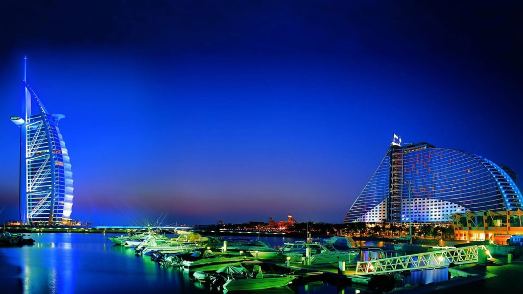 7 Fantastic Reasons To Travel To UAE