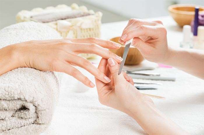 How To Keep Bacteria from Growing Under Nail