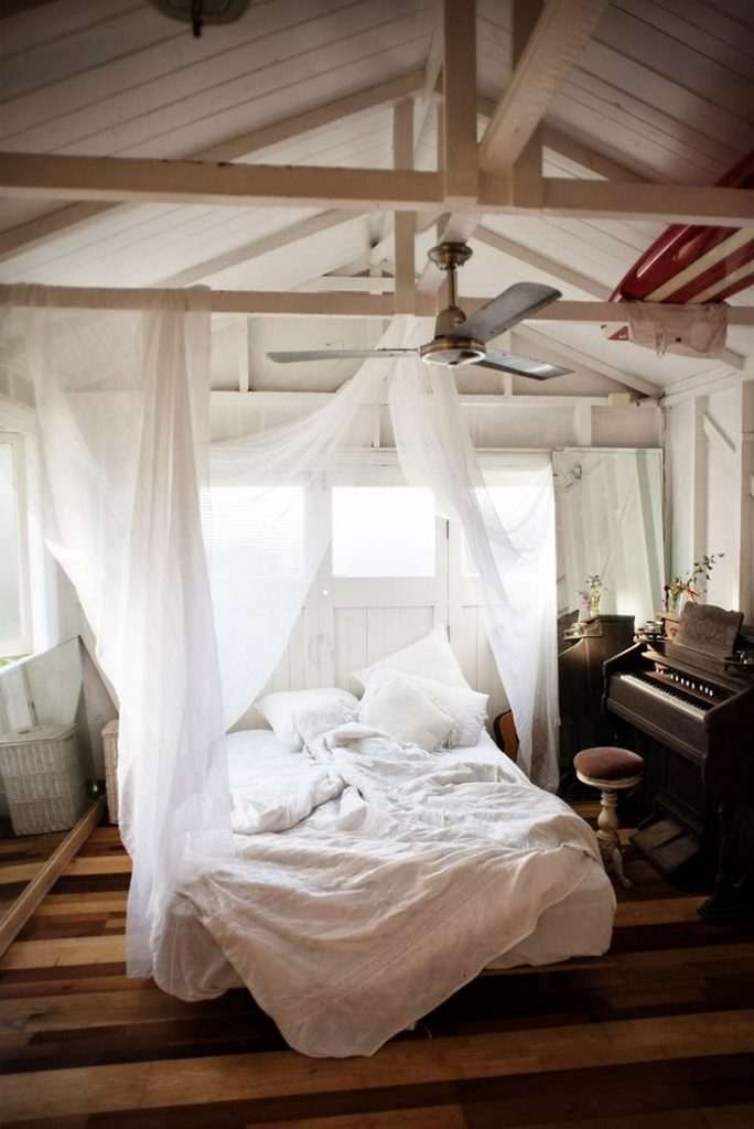 A Woman's Ultimate Guide To Choosing Bed Linen