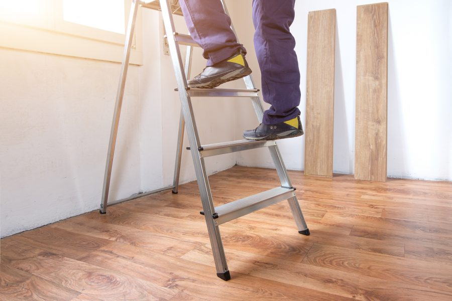 Ladder Safety Tips For A Step Ladder