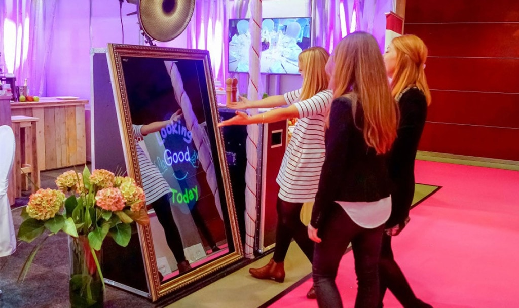 Latest Trends in the World of Photo Booth from Across the World