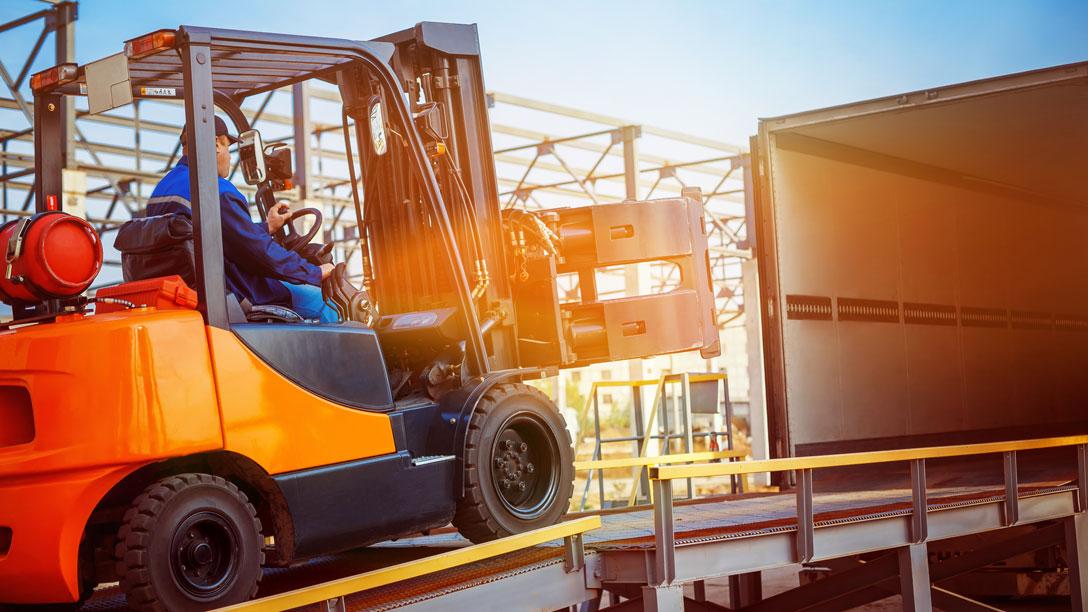 heavy machinery shipment